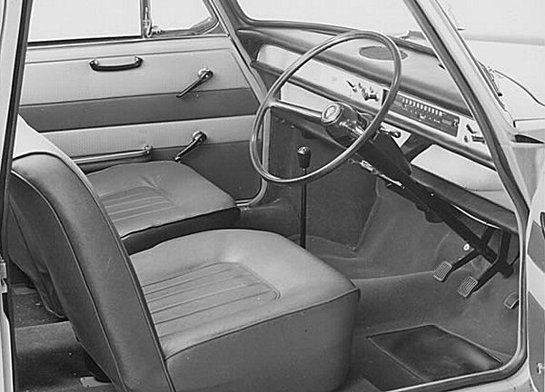 Austin 1100 Traveller interior demonstrates perfectly the minimalist approach favoured by Alec Issigonis.  This was a continuation of the philosophy behind the Mini and, before that, the Morris Minor. The strip  speedometer found in the Austin versions was a favourite of Issigonis, although he would have been  keener on an even slimmer version, as found in the 1800 and 9X.