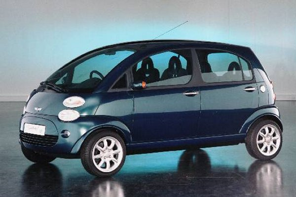 Spiritual concept shown at the Geneva Motor Show in 1997, was actually a Rover proposal for the Mini styled by Oliver Le Grice, rejected by BMW in October 1995. This particular car was a radical effort, which incorporated a rear mounted K-Series engine, subframes and Hydragas suspension. Does it capture the spirit of the original Mini? Rover seemed to think so. Sadly BMW thought they were ten years ahead of their time...