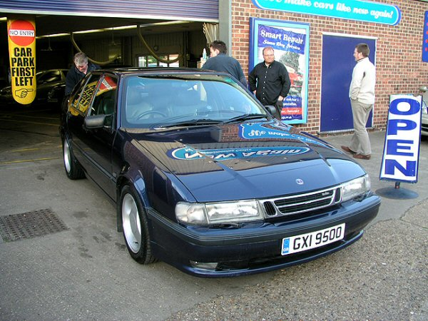 The Saab 9000 after a ten-hour day getting its paintwork sorted.