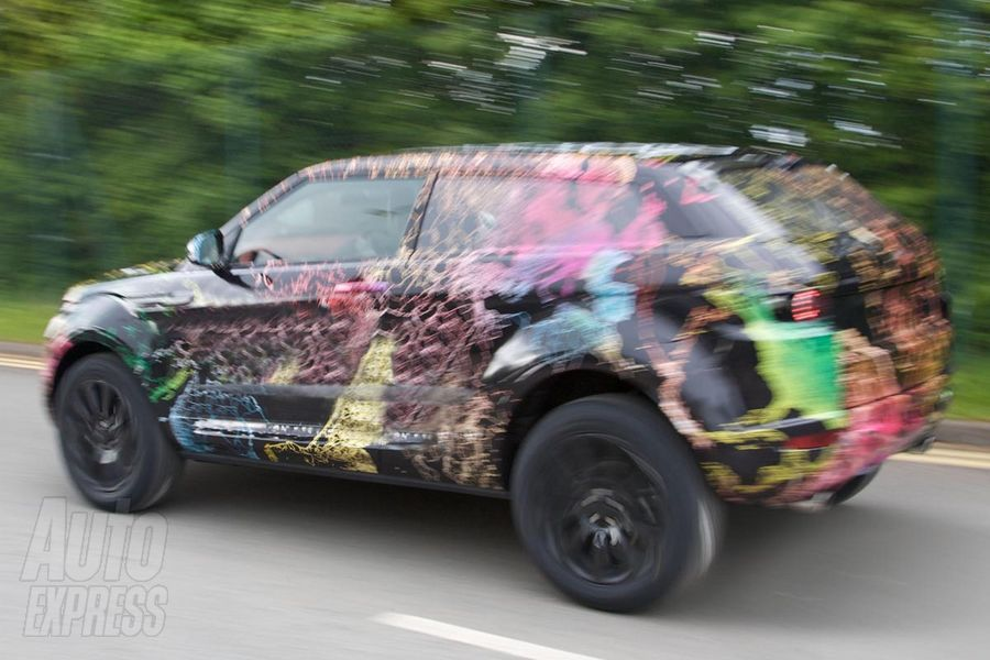 New Range Rover clearly has a well defined wedge profile