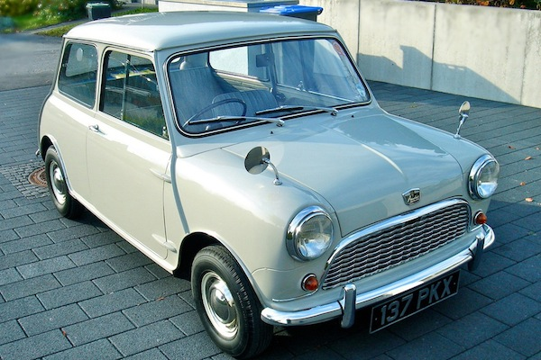 1960 Mini Under The Hammer At Silverstone Auctions