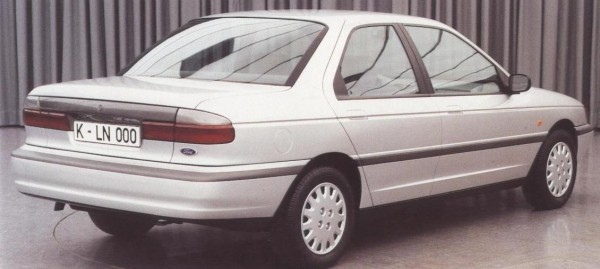 Mondeo story (42)