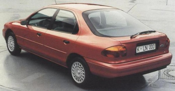 Mondeo story (48)