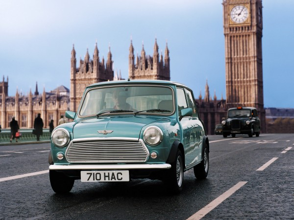 mini_cooper_in_london