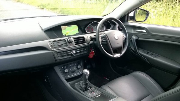 Some desperately need improvements with interior trim include a decent touch screen Sat-Nav, electronic park brake, new gear lever and centre floor switchgear. Decent equipment levels and now able to stream music from your smartphone. Comfy with good driving position but clocks are too small and binnacle centre display screen looks ancient and has laughably small digits that are hard to read at a glance.