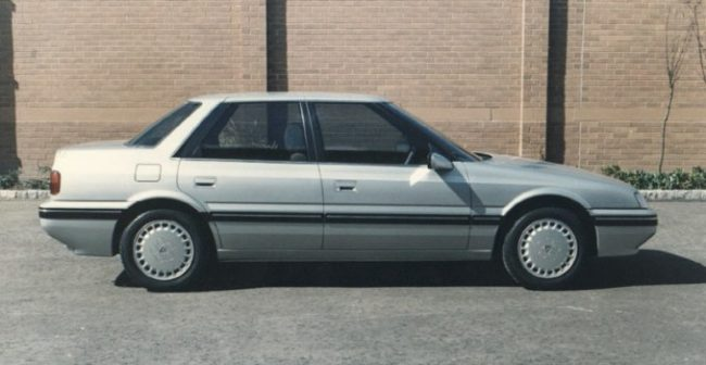AR17 saloon looks promisingly wedgy - a nice bridge between the SD3 and Rover 800